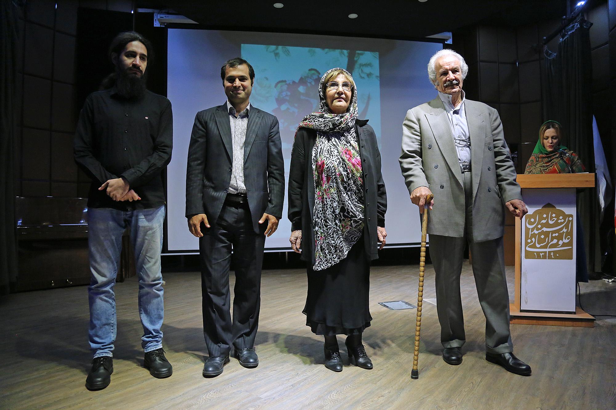 علیرضا شجاع پور، هما ارژنگی، نیایش سرامی و کورش جوادی (دبیر جشنواره شعر شاهنامه)